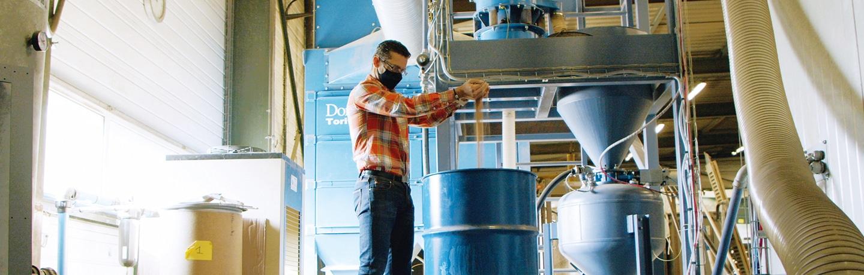 Aujourd'hui, il n'y a plus que 10 tonnes de produits chimiques dans les entrepôts contre 200 auparavant.